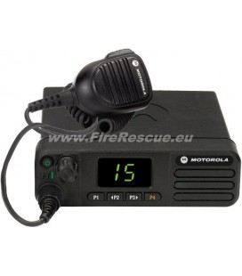 RADIJSKA POSTAJA MOTOROLA DM4401e MOTOTRBO DIGITALNA